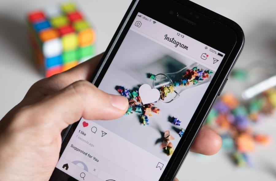 instagram-user-liking-image